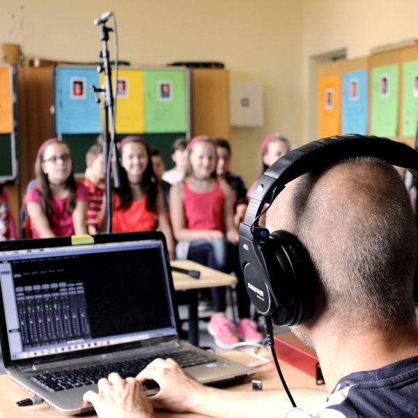 Kinderchor-Aufnahmen an der Martin-Luther-Schule in Stuttgart Bad-Cannstatt